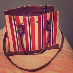 Nine West Bag Gorgeous!🔥